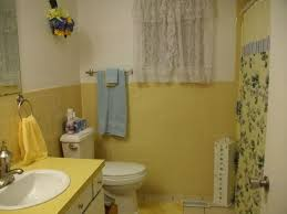 Beige Bathroom Tile Ideas by 34 Retro Yellow Bathroom Tile Ideas And Pictures