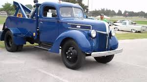 2011 Lone Star Roundup 1941 Ford 2 Ton Tow Truck - YouTube