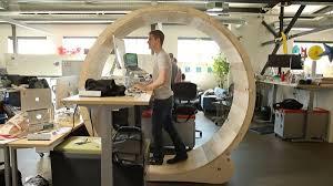 travail en bureau faire du sport sans bouger de bureau c est possible mode s