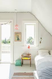 lichtdurchflutetes schlafzimmer unter bild kaufen