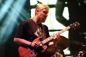 Derek Trucks On New TTB Album, Allman Brothers And Dickey Betts Derek Trucks On David Bowies Death Tedeschi Band Ready For Northeast Run Wamc Of Plays Tribute To His Longtime Gibsoncom Sg Rembers His Uncle Butch Filederek Todd Smalleyjpg Wikimedia Commons 100 Greatest Guitarists Rolling Stone Reel Muzac Pinterest Trucks Watch Bands Emotional Tribute In St Key To The Highway 81309 Lincoln Center Youtube Stillrock Tedeschitrucks Apollo Theater Amazoncom Music
