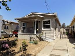 100 The Redding House 3632 Oakland CA 946191322 2 Beds1 Bath