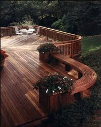 Trex Deck Designer Mac by Trex Ramp And Built In Planters Trex Deck With Stone Accents