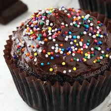 Paleo Chocolate Cupcakes gluten free grain free dairy free Texanerin Baking