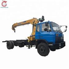 Telescopic Boom Truck-mounted Crane With 8 Tons Lifting Capacity ...