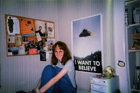 29 Pictures Of 90s And 00s Teenage Bedrooms Thatll Take You Back