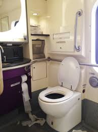 Do All Amtrak Trains Have Bathrooms by Access On Amtrak Train New York To Washington D C