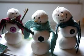 Once Dry Draw Eyes And A Mouth Onto The Snowman With Sharpie Cut Long Strip About 1 2 Wide Of Your Felt Fringe Edges Tie It Around