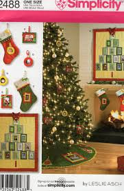 72 Inch Christmas Tree Skirt Pattern by 153 Best Christmas Patterns Vintage Retro New Images On Pinterest