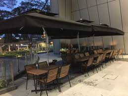 Heavy Duty Outdoor Side Post Cantilever Patio Umbrellas For Home And Business