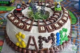 decoration pour anniversaire gateau d anniversaire pour garçon décoration facile amour de cuisine