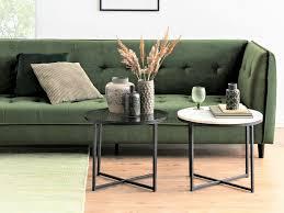 beistelltisch dekorieren der persönliche coffee table