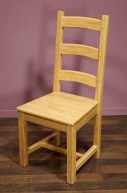 chaise en ch ne massif chaise en chêne massif de style cagnard assise chene meuble en