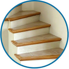 l escalier béton carrelé est un escalier fini avec nez de marche