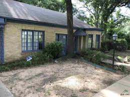 2 Bedroom Houses For Rent In Tyler Tx by 1015 S Broadway Ave For Rent Tyler Tx Trulia