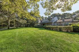 100 Sagaponack Village Find Homes For Sale In The Hamptons Compass