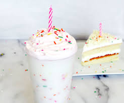 Birthday Cake Frappuccino Recipe 3 Steps with