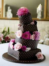 THE WONKY CHOCOLATE CAKE