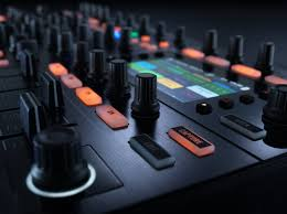 Traktor Remix Decks Vs Ableton by Massive Traktor Kontrol S8 Controller Is Here Now Who U0027s It For