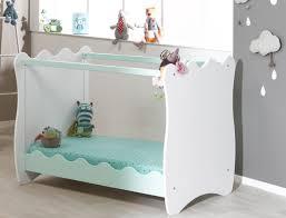 chambre bébé roumanoff pourquoi craquer pour un lit bébé évolutif chambre