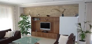 moderne wohnzimmermöbel in nußbaum häfele functionality world