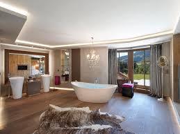 holzboden im bad badezimmer