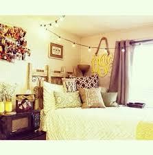 Dorm Decor The Simple Look