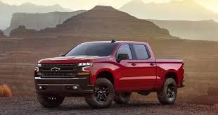 Chevrolet Silverado Reopens Detroit's Pickup Truck Wars Against Ford ...