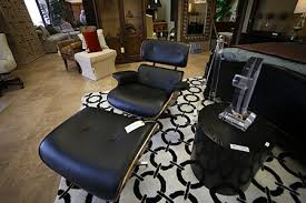 Benefits of Buying & Selling Furniture at a Consignment Store