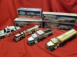 HESS TOY TRUCKS And Car Lot - $39.95 | PicClick
