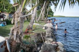Sinking Islands In The South Pacific by Photographing Fiji U0027s Sinking Island Communities Vice