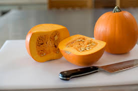 Roasting Pumpkin For Puree by Homemade Pumpkin Puree The Pioneer Woman