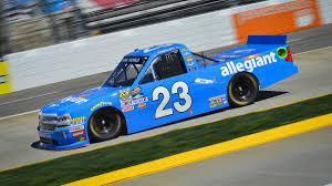 Chase Elliott Wins Hotly Contested Martinsville NASCAR Camping World ...