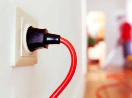 sur le bureau tout savoir sur le circuit électrique dans le bureau la chambre