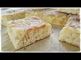 klassischer butterkuchen saftig weich und köstlich süßer hefeteig