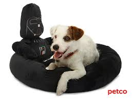 Petco Dog Beds by Petco U0027s Star Wars Pet Fans Collection For Sith Tzus Jedi