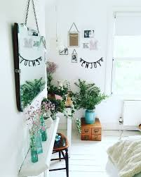 Fun Bright Bedroom With Plants