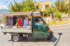 Palerme, Sicily, Europe-10/06 / 2018.Small Truck Selling Clothes ...