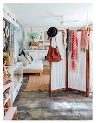 Gypsy Home Decor Pinterest by Best 25 Hippie Apartment Ideas On Pinterest Bohemian Apartment
