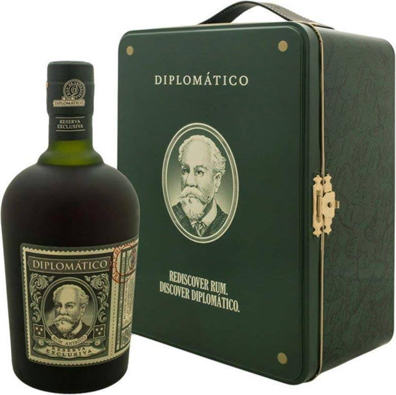 Diplomatico Reserva Exclusiva / Suitcase Gift Pack