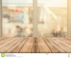 tache floue vide de table de conseil en bois à l arrière plan de