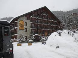 snow every place picture of le grand chalet des pistes meribel