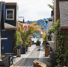 100 Lake Union Houseboat For Sale Seattle S Seattle S In And