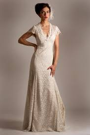 Incredible Wedding Dresses with Sleeves for Older Brides