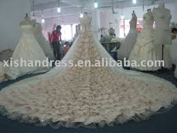 wedding gowns with very long trains real object of long train