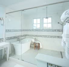 Splash Guard For Bathtub by Walk In Shower Frameless Splash Guard Bathroom Ideas U0026 Photos Houzz