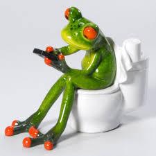 deko frosch in wc badezimmer wc dekofigur