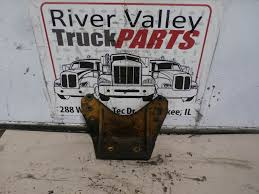 100 Used Truck Mounts For Sale Good Caterpillar C7 Engine Mount Casting Number On Part Is 1312192 Kankakee IL P4187 MyLittlesmancom