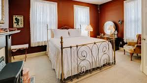 Marilyn Monroe Bedroom Furniture by The Marilyn Monroe Suite Blue Ridge Inn Bed U0026 Breakfast