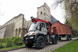 New Fast Car: Born To Achieve: The Mercedes-Benz Unimog In The ... Argo Truck Mercedesbenz Unimog U1300l Mercedes Roadrailer Goes From To Diesel Locomotive Just A Car Guy 1966 Flatbed Tow Truck With An Innovative The Trend Legends U4000 Palfinger Pk6500a Crane 4x4 Listed 1971 Mercedesbenz S 4041 Motor 1983 1300 Fire For Sale On Bat Auctions Extra Cab U1750 Unidan Filemercedes Benz Military Truckjpg Wikimedia Commons New Corners Like Its On Rails Aigner Trucks U5000 Review